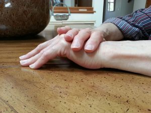 Table top stretch is a great way to stretch Dupuytren's contracture. Gentle stretching is most effective. Table top stretching can be done most anywhere for Dupuytren's contracture. Do it while working on a crossword puzzle.